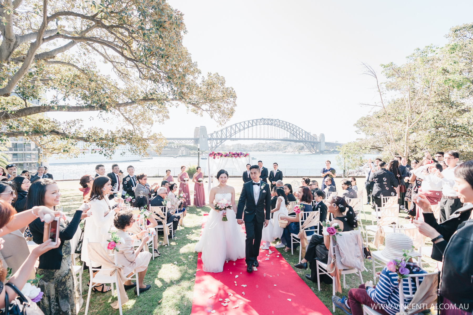 Wedding at Tarpeian Lawn Royal Botanic Garden Sydney