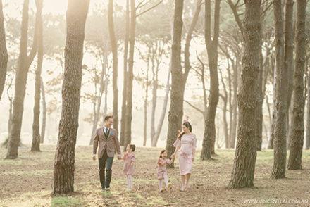 Centennial Parkland Spring Family Photography