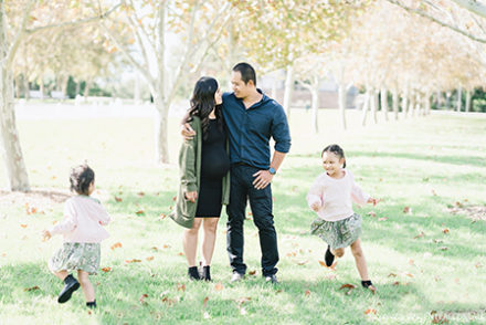 Autumn Lifestyle Outdoor Family Portrait Photography