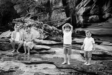 Balmoral Beach Family Christmas Photo Sessions